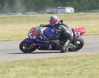 BajaHillin maskotti Orvo Kärkkäinen voitti Ducati Cupin lähdön, oli neljäs B600 -luokassa ja kymmenes Free For All-luokassa. Kuva: (c) Janne Tervola