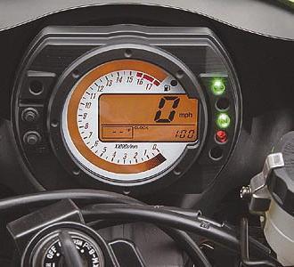 Kawasakin ZX6R mallisto uudistuu. Kuva 2002 (c)