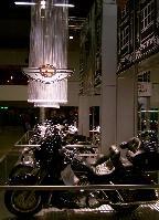 Helsingin moottoripyörämessut 31.1-2.2.2003. Kuva (c) 2003 Christiina Palmu