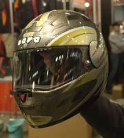 Moottoripyörämessut 2004 - (c) Janne Tervola